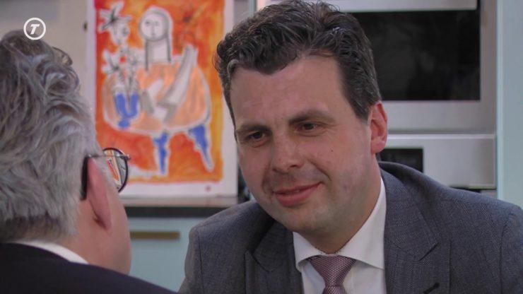 Wethouder Berend de Vries stopt na 11 jaar als wethouder in Tilburg en gaat vanaf 15 mei aan de slag als concerndirecteur Gezond Stedelijk Leven voor Iedereen voor de gemeente Utrecht.