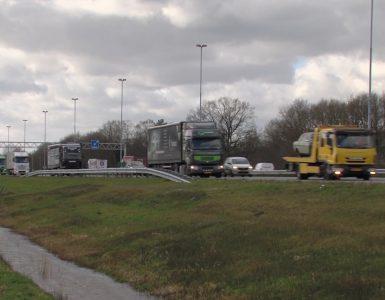 Impressie van de A58 waar het ongeluk gebeurde.