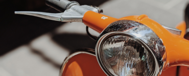 Man aangehouden die scooter probeerde te stelen - foto scooter