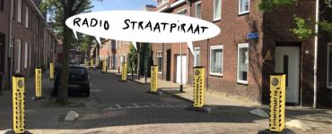 Radio Straatpiraat trekt de wijken van Tilburg in om liedjes en de verhalen die daarbij horen van buurtbewoners te verzamelen.