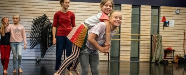Elke dag van de Zomerweek die Factorium viert start met een ochtend vol workshops voor kinderen en staat dan in het teken van dans, muziek, theater, musical, urban, techniek en zelfs de natuur.