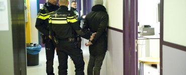 Donderdag kwam er bij de politie een melding binnen van een vechtpartij met zware mishandeling, op het Pieter Postplein. Toen agenten daar waren spraken ze een getuige. Die had opnames gemaakt.