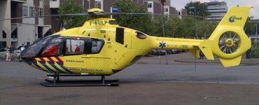 Rond kwart over tien kwam de melding binnen van een steekpartij aan de Marlestraat. Een traumahelikopter, drie ambulances en de politie rukten met spoed uit.