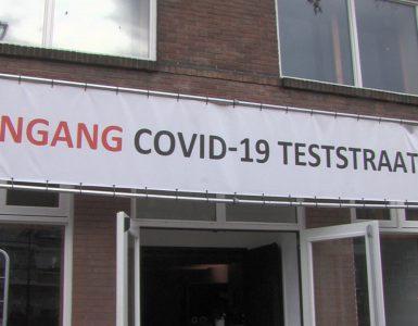 Nog geen maand geleden hebben de eigenaren van een Tilburgs café Fransjan en Jeroen met hulp van het programma 'Crisis in de tent' een coronasnelteststraat geopend aan de Paleisring. Maar zij hebben inmiddels besloten de deuren van de testlocatie weer te sluiten.