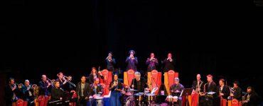 De Cubop City Big Band bestaat ruim 25 jaar. Dat vieren ze met een tournee, waarbij ze ook Paradox aandoen.